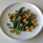 ヒヨコ豆とホウレン草のソテー