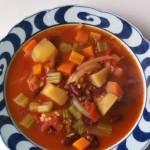豆と野菜のスープ 玄米入り